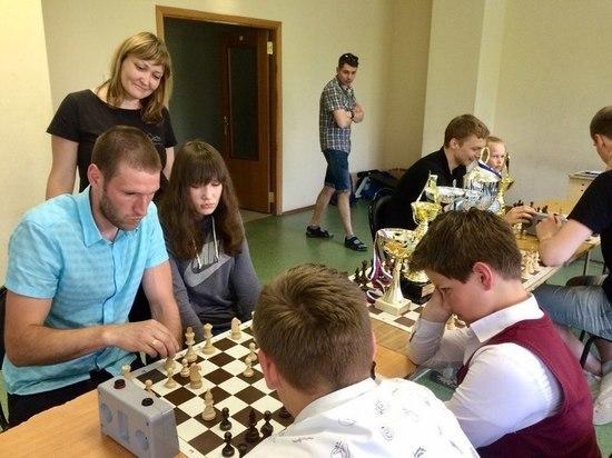 Хоккеисты нижегородского «Старта» приняли участие в дружеском шахматном турнире