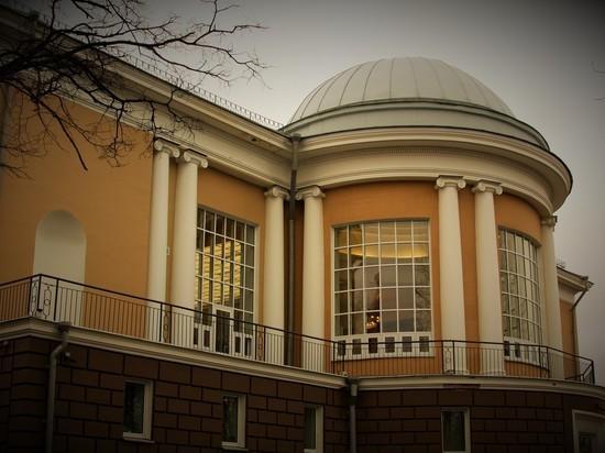 Национальная Библиотека: летом доделают