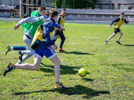 Студенты НИУ – филиала РАНХиГС приняли участие в спортивном празднике