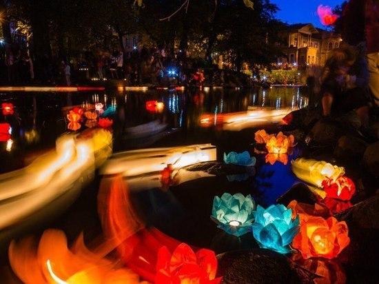 Фестиваль водных фонариков пройдет в Тюмени 1 и 2 июня