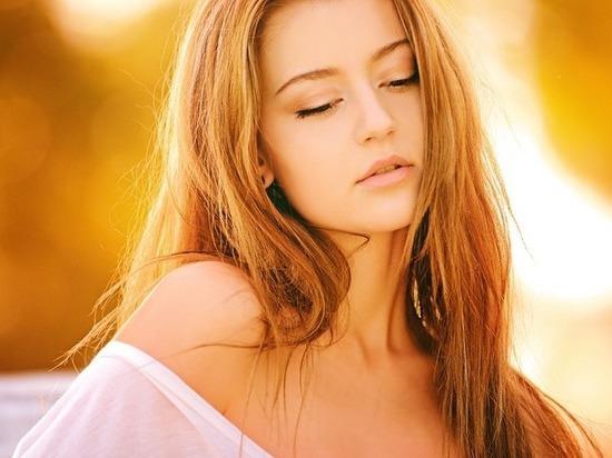 foto-blondinki-intimnie-mesta-molodih-krasavits-rogonosets-est-spermu