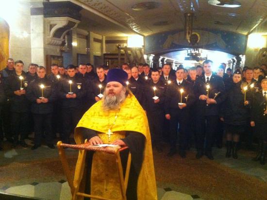 В Храме-на-Крови в Екатеринбурге прошел молебен, приуроченный к трехсотлетию полиции