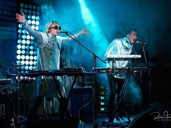 Группа Starcardigan из Владивостока приехала на гастроли в Москву