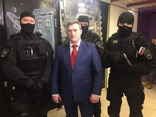 Вынесен приговор актеру Анатолию Наряднову, избившему гражданскую жену
