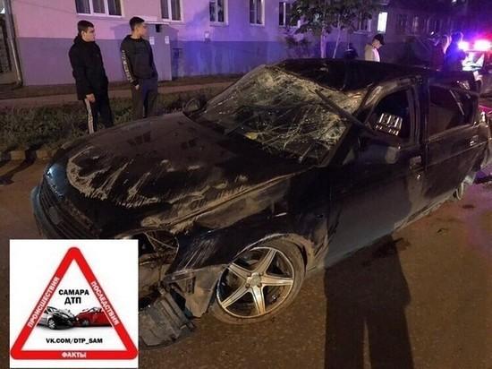 В Отрадном «Приора» под управлением пьяного водителя въехала в столб