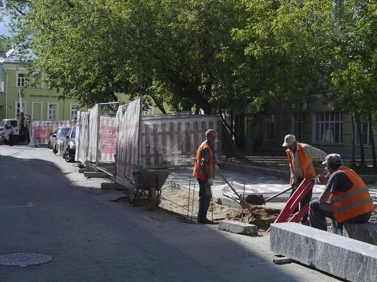 В самом центре Москвы идет тайная стройка