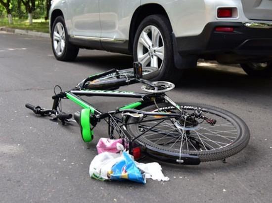 Под колеса «Нивы» в Нерехте попала женщина с ребенком