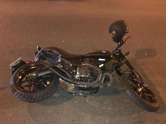 В Самаре иномарка сбила мотоцикл