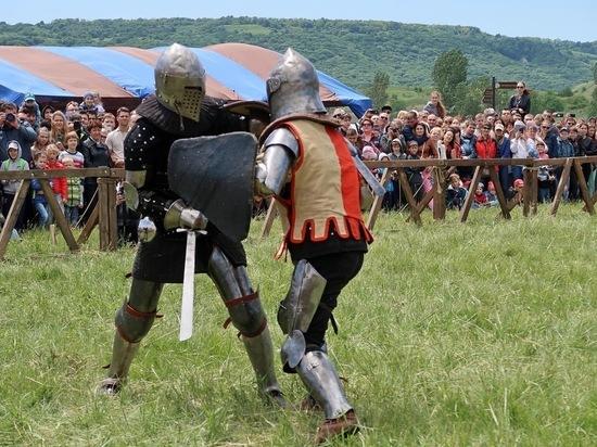 Железноводск открыл «высокий» курортный сезон карнавалом и фестивалем