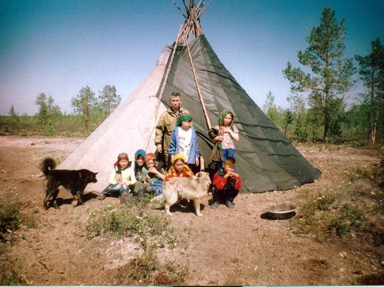 Боги народов Севера носили очки и буденовку, выяснили этнографы