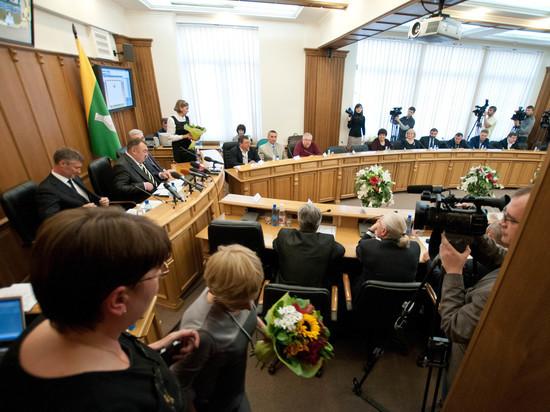 Депутат гордумы Екатеринбурга сложил полномочия ради поста министра