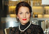 Бриллиантовый голос русского романса выступила в Твери с благотворительным концертом