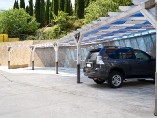 Для разгрузки набережной: «Гурзуфский» начнет брать деньги за парковку