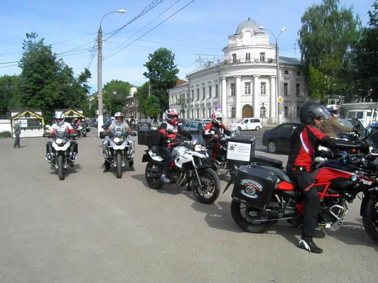 В рамках мотопробега имени Афанасия Никитина Тверь посетили байкеры из Индии