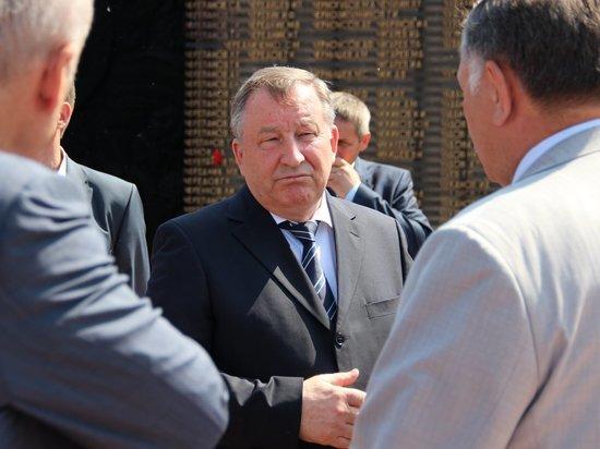 Уходом Александра Карлина  с поста губернатора не закончились громкие политические изменения в регионе