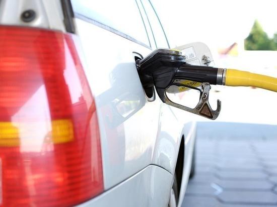 Россияне назвали виновных в скачке цен на бензин