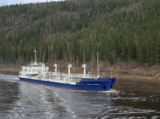 Енисейское пароходство приступило к Северному завозу в Эвенкию