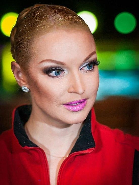 Таксист рассказал в суде, зачем Волочкова пригласила его на ужин