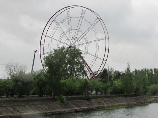 Новое иркутское колесо обозрения проходит испытания