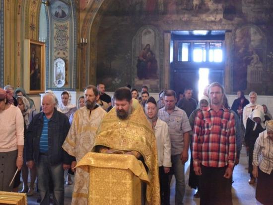 В Оренбург прибыла частица мощей святителя Николая Чудотворца