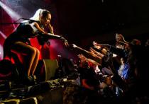 Из-за неумеренных аппетитов Бузовой организаторы уфимского концерта «попали» на деньги