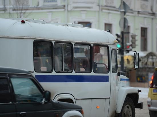Перед судом предстанет екатеринбуржцы, похитившие 22 автомобиля
