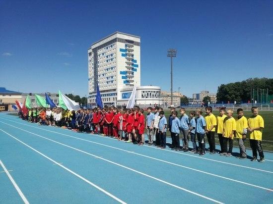 В Смоленске прошли региональные Соревнования по футболу среди школьников