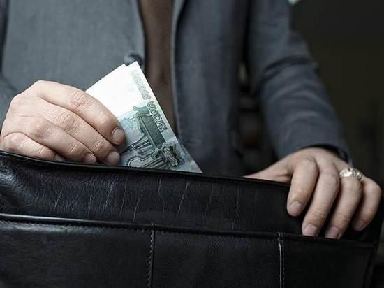 Взяточники из ОГАУ вымогали 56 тысяч рублей, а заплатят 6 миллионов