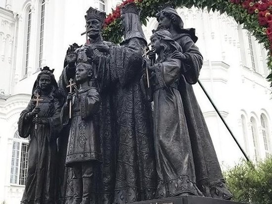 В Кирове не утихают споры по установке памятника семье последнего российского императора