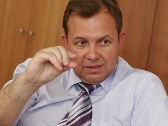 Один из самых непопулярных мэров Архангельска приехал на Х Северный межнациональный форум