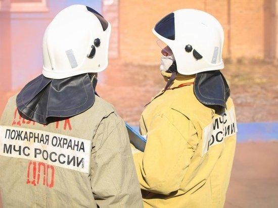 Студентов эвакуировали из-за угрозы пожара во Владивостоке