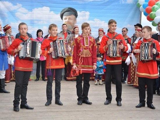 На «Сметанинские встречи» в Архангельск приедут гармонисты из разных городов страны