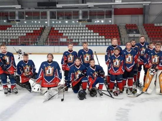 Юные хоккеисты из Старицы выступили на первенстве Псковской области