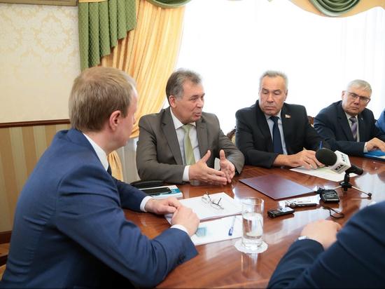 Виктор Томенко пообещал прислушиваться к алтайскому парламенту