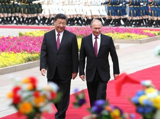 В КНР Путин сам приготовил «пельмени» иблины для СиЦзиньпина
