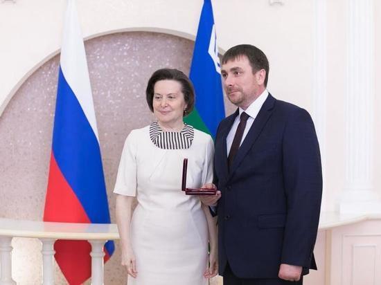 Выдающиеся жители Югры получили государственные награды