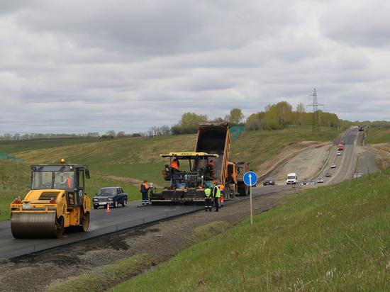 Дорожники ведут ремонт на участках федеральных трасс Алтая