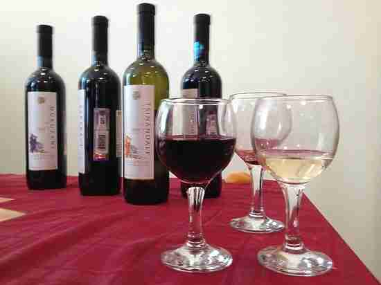 Омбудсмен Борис Титов предложил президенту ввести сбор наимпортное вино