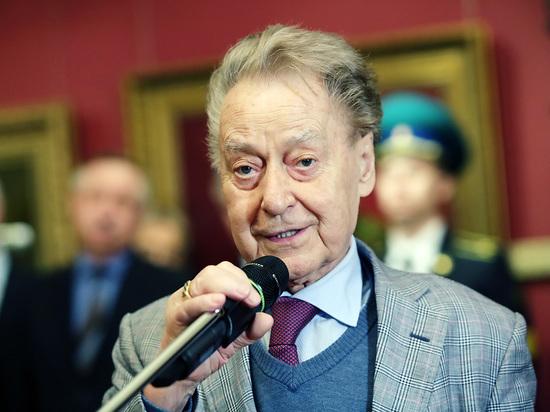 Жена поэта Дементьева прокомментировала слухи о его госпитализации