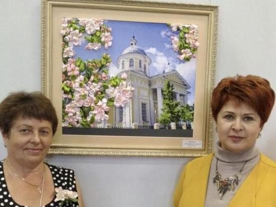 В Торжке Тверской области проходит выставка декоративно-прикладного искусства