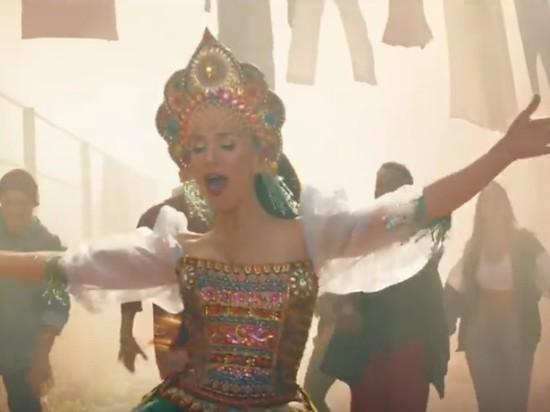 Наталья Орейро в кокошнике опубликовала клип для ЧМ-2018
