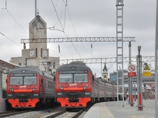 Празднование Дня России внесло коррективы в расписание пригородных поездов в Татарстане