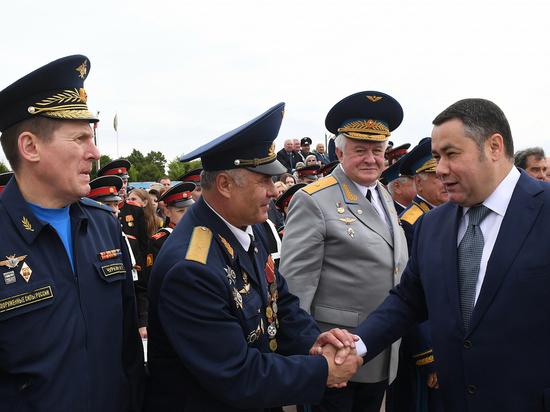 Игорь Руденя принял участие в торжественных мероприятиях тверской авиации