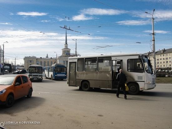 Губернатор обратил внимание на маршрутки Петрозаводска