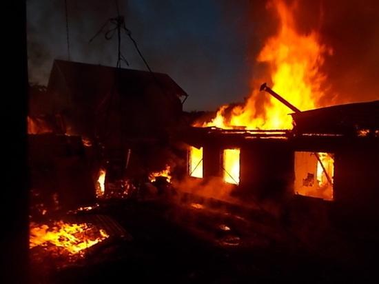 В Киреевске пожарные тушили жилой дом