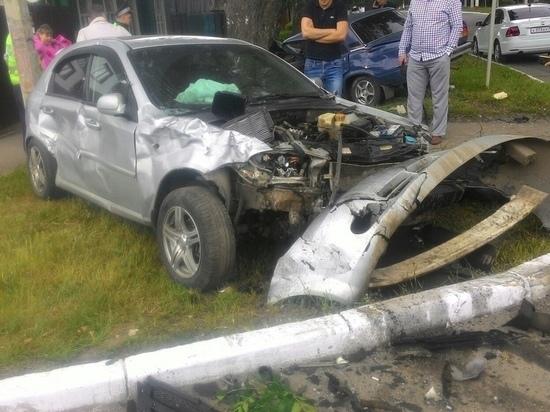 В результате аварии водитель «ВАЗ-2107» попал в реанимацию