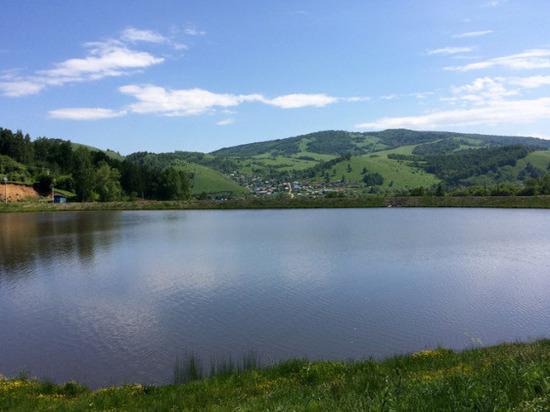 В Горно-Алтайске официально открылся купальный сезон