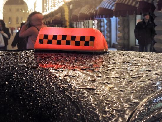 «Такой тариф»: показания таксиста, взявшего с вьетнамца 23 тысячи рублей