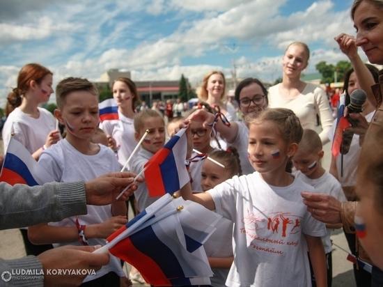 Гуляния: как Петрозаводск отмечает праздник 12 июня