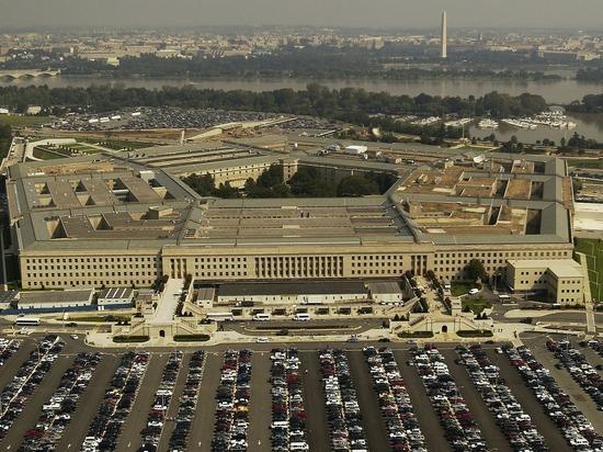Экс-глава Пентагона порассуждал о темах встречи Трампа с Путиным